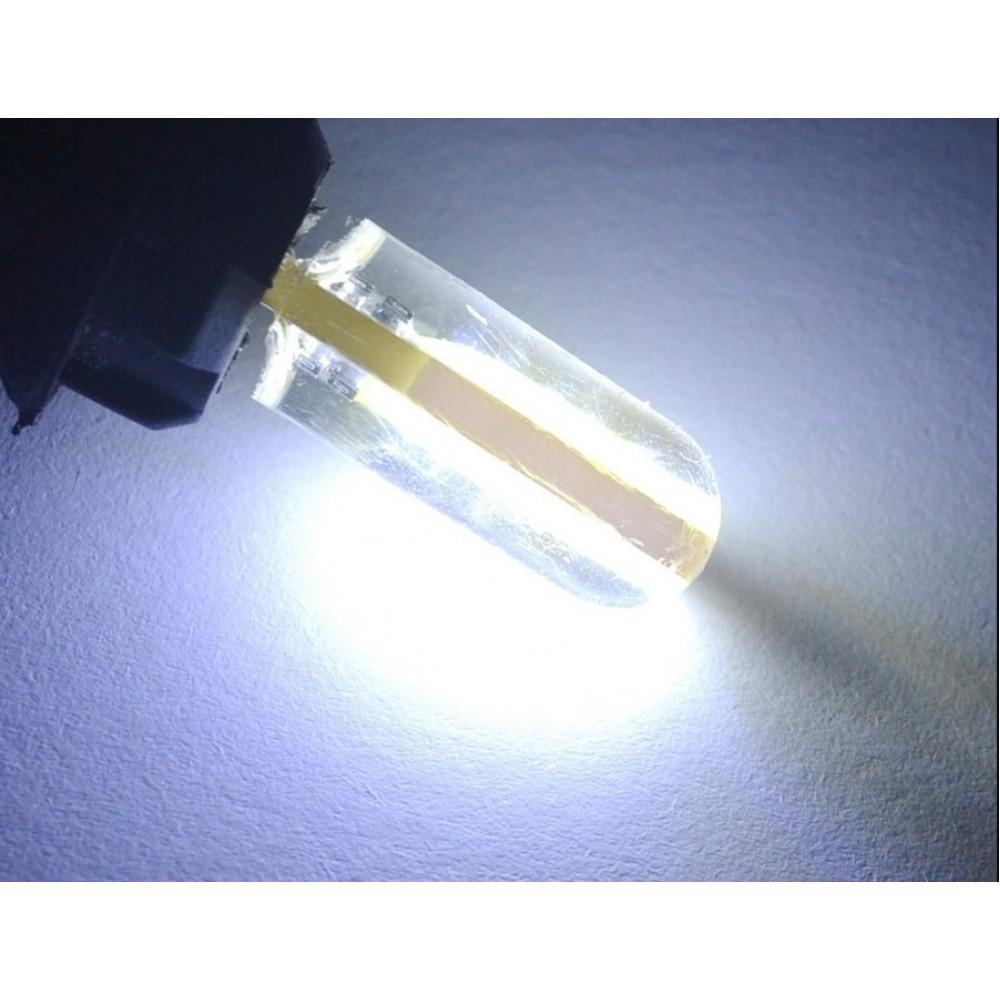 LED лампочка в габариты T10